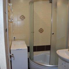 Отель Kapucino Латвия, Юрмала - отзывы, цены и фото номеров - забронировать отель Kapucino онлайн ванная