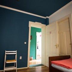 Отель Canape Connection Guest House Улучшенный номер с различными типами кроватей фото 9