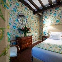 Отель Relais Du Vieux Paris Стандартный номер фото 22