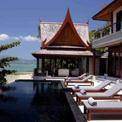 Отель Ultimate Beach Villa бассейн