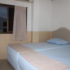 Отель At Home Guest House 2* Стандартный номер с 2 отдельными кроватями фото 3
