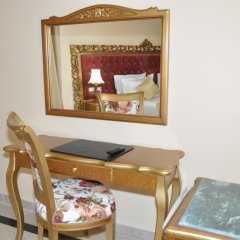 Hôtel Royal Victoria in Tunis, Tunisia from 86$, photos, reviews - zenhotels.com in-room amenity photo 2