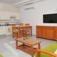 Отель EmyCanarias Holiday Homes Vecindario Весиндарио в номере