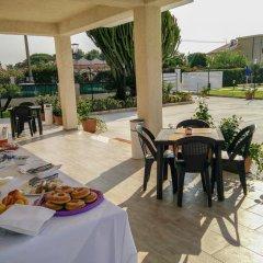 Отель Residence Villa Eva Фонтане-Бьянке питание