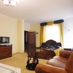 Мини-отель Калифорния Полулюкс с различными типами кроватей фото 4