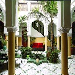 Отель Riad Bab Agnaou Марокко, Марракеш - отзывы, цены и фото номеров - забронировать отель Riad Bab Agnaou онлайн интерьер отеля фото 2