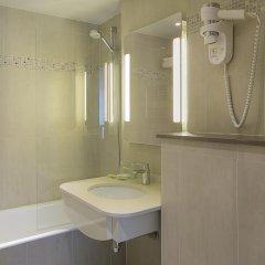 Отель Best Western Au Trocadero 3* Стандартный номер с разными типами кроватей фото 4