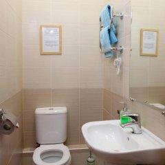 Гостиница Комнаты на ул.Рубинштейна,38 Стандартный номер с двуспальной кроватью (общая ванная комната) фото 3