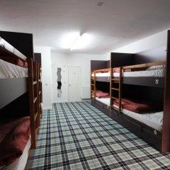 Отель Tartan Lodge Кровать в общем номере с двухъярусной кроватью фото 13