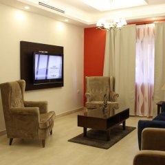Отель Sohoul Al Karmil Suites комната для гостей