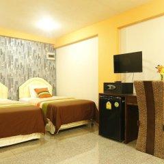 Отель Banglumpoo Place 3* Номер Делюкс с различными типами кроватей фото 2