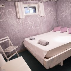 Отель Canape Connection Guest House Стандартный номер с двуспальной кроватью (общая ванная комната)