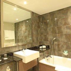 Отель Holiday Inn London - Kensington 4* Представительский номер с различными типами кроватей фото 3