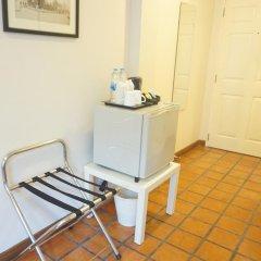 Отель Ratchadamnoen Residence 3* Стандартный номер с двуспальной кроватью фото 2