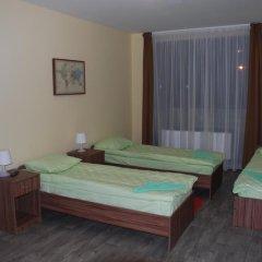 Отель Вояж 2* Кровать в общем номере фото 10