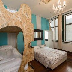 Sunset Destination Hostel Стандартный семейный номер с двуспальной кроватью фото 4