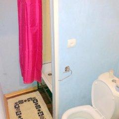 Мини-Отель Друзья Стандартный номер с двуспальной кроватью фото 32