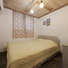 Lazy Fox Hostel Кровать в мужском общем номере с двухъярусной кроватью фото 3