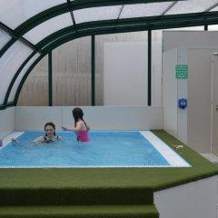 Отель Campsie Glen Holiday Park Великобритания, Глазго - отзывы, цены и фото номеров - забронировать отель Campsie Glen Holiday Park онлайн бассейн