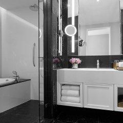 Отель Grande Centre Point Sukhumvit 55 5* Номер Делюкс с различными типами кроватей