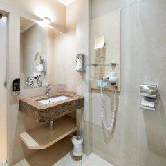 Hotel Pension Baronesse 4* Улучшенный номер с различными типами кроватей фото 7