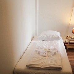 Отель Metropol Hostel Berlin Германия, Берлин - 12 отзывов об отеле, цены и фото номеров - забронировать отель Metropol Hostel Berlin онлайн фитнесс-зал