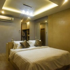 OneLoft Hotel 4* Номер Делюкс с двуспальной кроватью