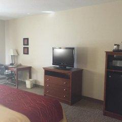 Отель Comfort Inn Louisville 2* Стандартный номер с различными типами кроватей фото 4