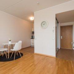 Апартаменты Tallinn Harbour Apartment комната для гостей фото 4