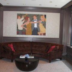 Отель The Ritz Plaza интерьер отеля фото 2