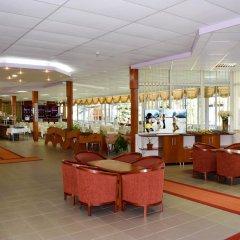 Balaton Hotel Солнечный берег гостиничный бар