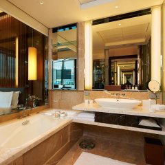 The Fullerton Bay Hotel Singapore 5* Номер Делюкс с различными типами кроватей фото 5
