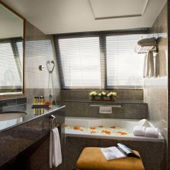 Boulevard Hotel Bangkok 4* Семейный полулюкс с разными типами кроватей фото 9