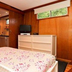 Отель Dutch Canal Boat Нидерланды, Амстердам - отзывы, цены и фото номеров - забронировать отель Dutch Canal Boat онлайн комната для гостей фото 4
