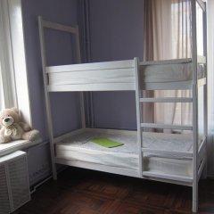 Hostel DomZhur Кровать в женском общем номере с двухъярусными кроватями фото 3