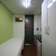 Отель Star Guest Oneroomtel сейф в номере