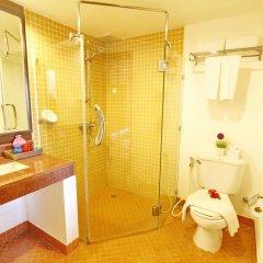 Отель All Seasons Naiharn Phuket 3* Стандартный номер с двуспальной кроватью фото 5