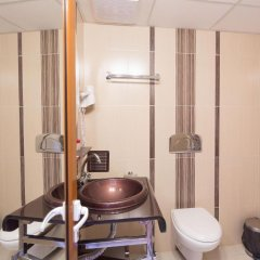 Отель Дафи Болгария, Пловдив - отзывы, цены и фото номеров - забронировать отель Дафи онлайн ванная фото 2