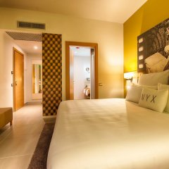 NYX Hotel Milan by Leonardo Hotels Стандартный номер с двуспальной кроватью фото 14