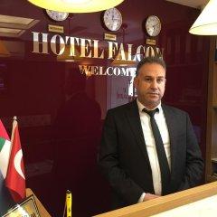 Falcon Hotel гостиничный бар