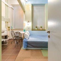 Мини-отель 15 комнат 2* Стандартный семейный номер с разными типами кроватей фото 3
