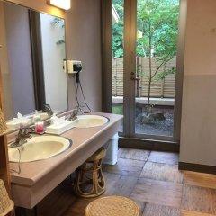 Отель Hanasansui Япония, Минамиогуни - отзывы, цены и фото номеров - забронировать отель Hanasansui онлайн ванная фото 2