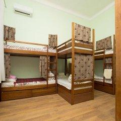 Центро Хостел Кровать в женском общем номере с двухъярусными кроватями