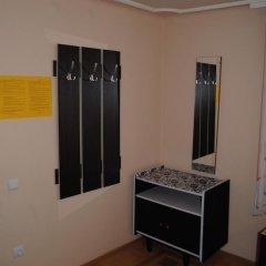 Хостел StareMisto Кровать в общем номере двухъярусные кровати фото 6