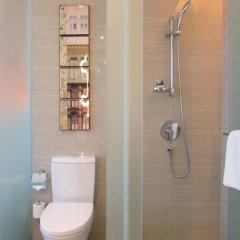 Отель Mercure Singapore Bugis Сингапур, Сингапур - 1 отзыв об отеле, цены и фото номеров - забронировать отель Mercure Singapore Bugis онлайн ванная фото 2