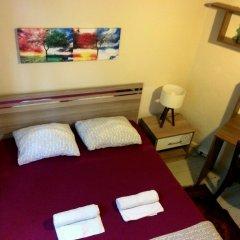 Levanten Hostel Стандартный номер двуспальная кровать (общая ванная комната)