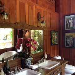 Отель Baan Sangpathum Villa интерьер отеля