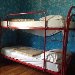 Отель HostelRoma Кровать в общем номере с двухъярусной кроватью фото 5