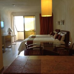Luna Palace Hotel and Suites комната для гостей фото 4