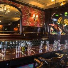 Отель Ramada Encore Istanbul Airport гостиничный бар